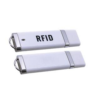 ID صغيرة محمولة RFID 125KHZ 13.56MHZ القرب البطاقة الذكية EM USB تتفاعل قارئ بطاقة