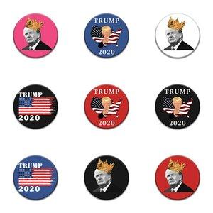 1000 Diferentes modelos clássicos dos desenhos animados ícones de estilo esmalte Pin Genius Mad Scientist Trump Emblema Broche Anime Amantes Denim Shirt Lap # 54