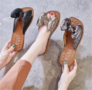 ere Tasarımcı Ayakkabı Luxurerwrery Slayt Yaz Moda Geniş Kalın Sandalet Ile Flatkbbb Kaygan Terlik Sli3322336 Flip Flop