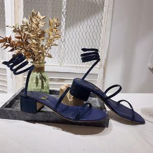 Designer-Sandale Frauen Luxus-Designer-Folien Flipflopsandelholze 20SS Diamant Knoechelriemchen Kleidschuhe Sexy Strass Cleo Sandalen rc Sandale