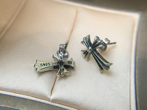 Popolare CH marchio di moda orecchini firmati trasversali per mens signora di disegno e Womens Party Lovers Matrimonio regalo di monili di lusso hip hop.