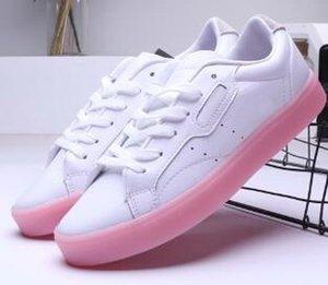 Originali Rivela modelli esclusivi Sleek delle nuove donne, scarpe SLEEK W, raffinate scarpe di Kendall Jenner Stars Donne, rapporto presa in gomma semplice scarpa