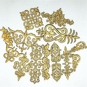 50Pcs heiße Verkaufsgoldblumen Kostüm Borte Iron On / sew auf Stickerei Flecke SpitzeApplique DIY