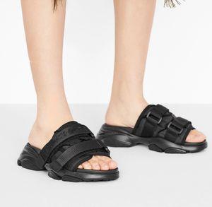 Blanc Noir Camouflage Tissu technique Mule Sandales sport Silhouette de luxe Femmes Designer taille Chaussures 35 à 39 de tradingbear