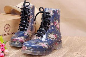 Calda vendita-scarpe da gelatina piatta martin rainboots moda prospettiva trasparente stivali da pioggia scarpe da acqua scarpe da donna scarpe da donna caramelle colore a pioggia