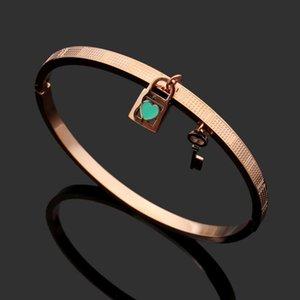Lock key heart-shaped pink green oil drop Bracelet 18K Rose Gold Titanium Steel Bracelet