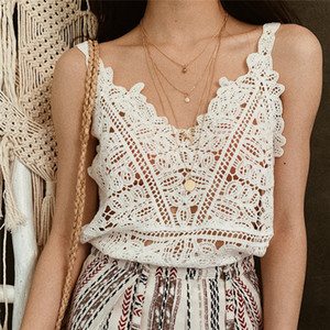 Summer New Hook Flower Lace Solid Stitching V-neck Camis Female Knitted Short Section Slim Outer Wear Shirt Trend Tank Tops