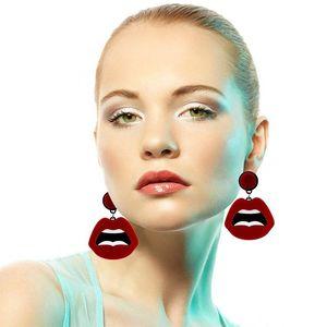 Acrilico ciondola gli orecchini per le donne di moda degli accessori dei monili di figura delle labbra orecchini di goccia per il compleanno Regali di figura delle labbra orecchini di goccia