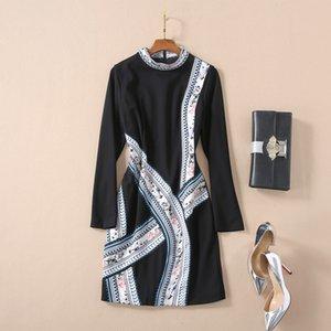 2020 manica lunga primavera-estate girocollo nero della stampa floreale breve mini vestito dai vestiti pista di lusso A052312A2