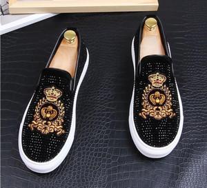 New Dandelion Spikes Flache Lederschuhe Strass Fashion Men Stickerei Loafer Dress Schuhe Smoking Slipper Casual Diamond Shoess