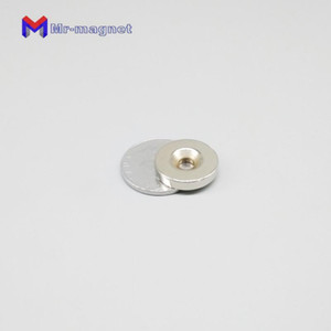 200pcs rotonda 20MM Diametro * 4mm foro 5mm Magneti Rare Earth NdFeB neodimio magnetico svasata 20 * 4 * 5mm forte 20x4x5 Magnet