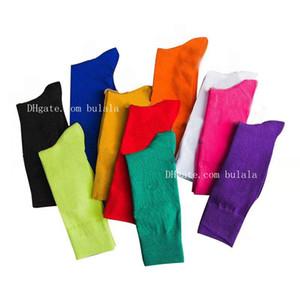 1 paio = 2pcs 100% cotone di lusso Donna Calze stilista Donna Lungo Sport calzino casuale di affari sudore respirabile calzini caldi di compleanno Calzini