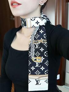 مصمم الحرير الجديد مصمم حقائب اليد وشاح طويل شال للمرأة ذات جودة عالية ايطاليا العلامة التجارية الحرير والأوشحة وشاح صغيرة لحقيبة رئيس وشاح 120 8CM *