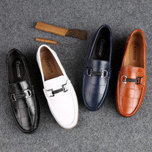 New Men Shoes Leather Genuine Casual Loafers Men Moccasins Shoes Slip-on Soft Flats Footwear Lightweight Driving 2020