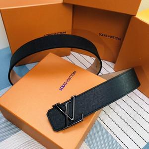 2020 nuevos diseñadores Cinturones para hombre de la moda de alta calidad para los hombres de aleación de hebilla de color Negro para el hombre sin caja