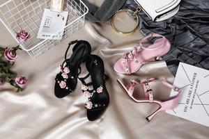 حار بيع المصارع الصنادل العالية الكعب أسود أزرق الوردي أنثى رصع الزفاف موضة الصنادل أحذية الصيف الأشرطة الزهور Mujers