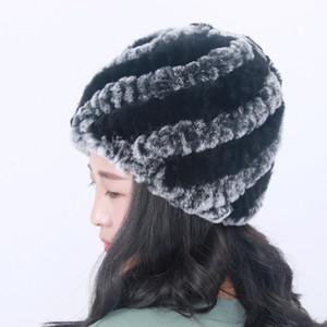 2017 neue Frauen-Pelz-Hut 100% Natural Rex Pelzmütze Strickmützen für Winter-Frauen Beanies Knochen Warm Pineapple Cap