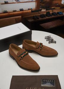 18SS Designers Mens degli uomini di cuoio Pattini convenzionali scarpe oxford vestono per gli uomini che vestono le scarpe ufficio affari matrimonio nappa maschio zapatos de hombre