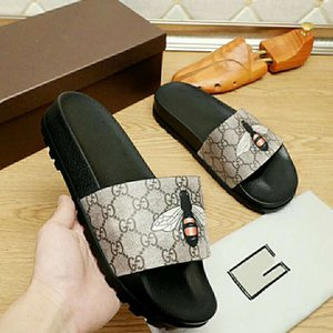 2020 Fashion Luxury Designer Men Shoes Black Rubber Web Slide Sandal Slippers Beach Women Casual Slipper
