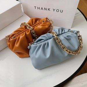 Kleine Handtaschen für Frauen 2020 Designer Luxus-Kunstleder-Umhängetasche Ketten Sommer clould Achsel-Tasche