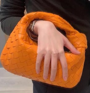 Clásica tejida mano bolsos de cuero Forma de las nubes bolsos de tarde de cadena de embrague mujeres bolsa bolso de Crossbody Clip totalizadores