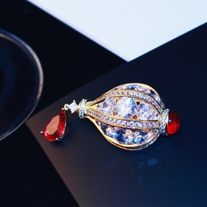European exquisite luxury inlaid zircon crystal hot air balloon brooch jewelry high-grade 18k gold plated brooch women pin coat accessories