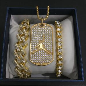Браслет Hip Hop Мужчины ожерелье Хип-хоп Золото Баскетбол ожерелье Майами Кристалл Кубинская камень кулон для мужчин