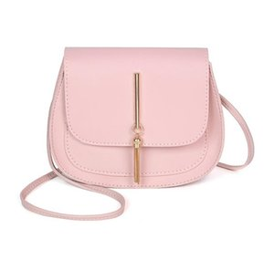2020 Designer Handbags Hot Tassel Small Round Bag Ladies Crossbody Female Saddle Bag