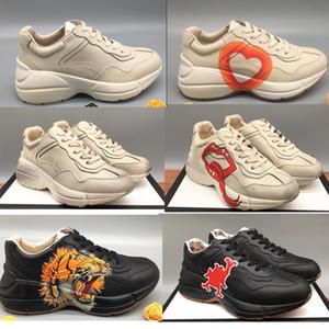 Rhyton 빈티지 가죽 스니커즈 남성 디자이너 신발은 캐주얼 신발 클래식 화이트 가죽 두꺼운 단독 빈티지 트레이너 아빠 신발 여자