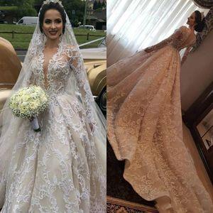 2020 فاخر الشمبانيا فساتين دبي خط الزفاف قطار طويل V الرقبة البهية اللؤلؤ الرباط طويل الأكمام فستان الزفاف حسب الطلب
