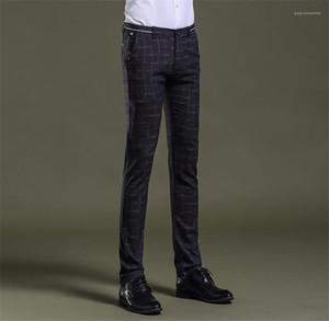 Desenhador Mens Plaid Pants Mid Cintura Com Zipper Fly Pencil Pants Mens Roupa Moda