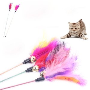 Vente en gros Mode Funny Cats Jouets plume de Bell Interactive Toy Wire Stick Chaser Multi Color Fournitures Cute Chats