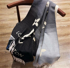 New Fashion Designer Silk Scarf Hot Sale Women Luxury Four Seasons Shawl Scarf Brand Scarves w18