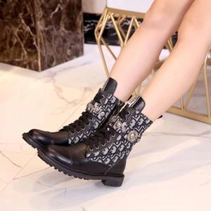 la venta caliente más lastest 23ss zapatos botas para mujer Marca Media bota del tobillo Señora del cuero auténtico patea los zapatos de vestir de deporte ocasionales de los deportes