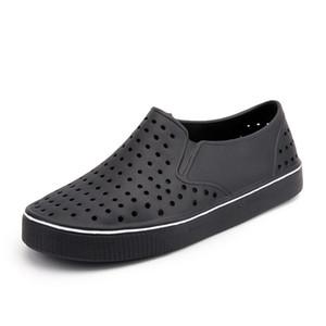 Summer Men Sandals Home Slippers Men Mules Clogs Flip Flops Massage Slipper Pantoufle Sandalia Male Beach Slippers
