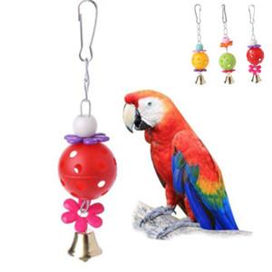 2019 Aves loro nueva mascota Chew Toy Jaulas cuelgue juguetes de madera grande de la cuerda periquito colgados oscilan Bells