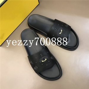 2020 new high-quality luxury casual shoes, luxury men's and women's sandals, slippers, flip flops, fashion casual wild fdzhlzj B2685