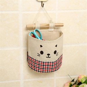 2018 New Creative Cotton Linen Wall Hanging Storage Bag Fashion Plaid Organizers Pouch Debris Storage Bag for Bedroom Bathroom