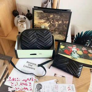 Die neuen 2019 Brim Kameratasche Weibliche Geneigte echtes Leder-Handtaschen Schulter-Joker Small Square große Kette Mode Frau Paket
