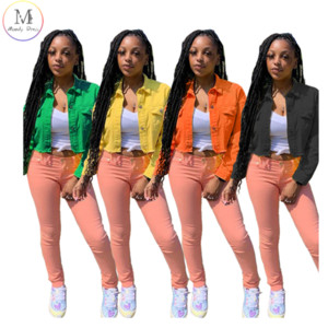 Neue kommende Herbst-Dame-Jacken-Mantel-Einreiher Solid Color Cotton Außen Entwurf geerntete Short Denim-Jean-Frauen-Jacke