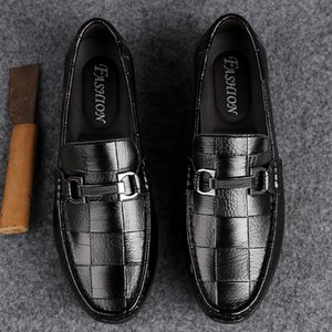 2019 Mens Leather Casual Men Shoes Sneakers Genuine Light Hard-Wearing Breathable Waterproof Genuine Shoes Boots High Quality