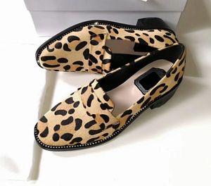Consegna gratuita di donne scarpe di marca famosa 2019 di modo 100% cucitura dei bottoni in pelle delle donne Suit Scarpe Shopping banchetti 35-40 Donne scarpe