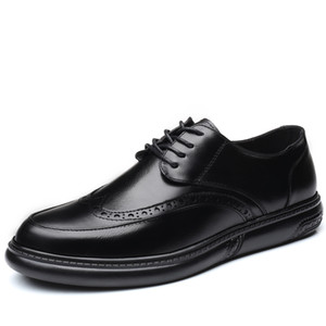 Los hombres visten los zapatos formales de los zapatos de cuero de boda retro Brogue negocios oficina de los hombres de pisos Oxfords