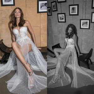 2020 Sexy High-split A Line Wedding Dresses Bling Sequins Appliqued Lace Wedding Gown Strapless Sleeveless Sweep Train Vestidos De Novia