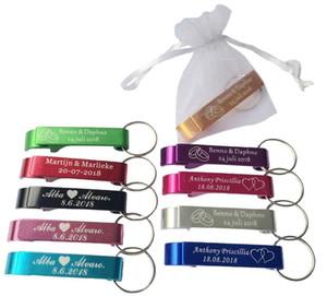 50шт персонализированные выгравированные открывалка для бутылок брелки брелки персонализированный свадебный подарок свадебная услуга с белой сумкой из органзы T8190617