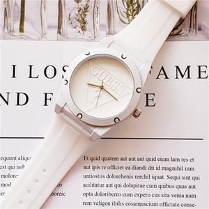 미국 브랜드 테이프 시계 핫 스타일의 학생 시계 고품질 브랜드는 남성과 여성 스포츠 시계 할인 OROLOGI RELO를 볼 미니멀