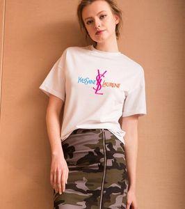새로운 브랜드 여름 T 셔츠 여성 럭셔리 디자이너 반바지 레이디 여름 해변 의류 짧은 소매 티 휴가 캐주얼 Tshirt