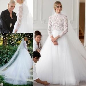 Boho dentelle une ligne robes de mariée haut du cou tulle jupe côtés fendus style campagnard, plus la taille robes de mariée