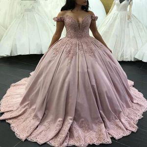 Robe de bal rose pailletée robes de Quinceanera appliques de perles longueur de plancher robes de soirée de bal d'étudiants de l'épaule Mexique Sweet 15 robes de célébrités