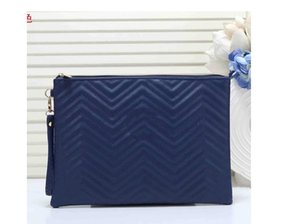 2020 Korean wave embroidered lattice cosmetic bag ladies casual clutch bag large solid color plaid wash bag